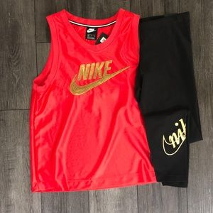 Women's Nike jersey/legging outfit MEDIUM